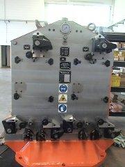 ALUMINUM MOTOR CYLINDER-HEAD MACHINING FIXTURE.